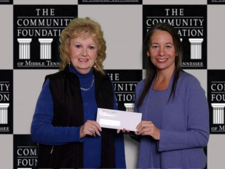 Consegna di un contributo da parte della Community Foundation of Middle Tennessee di Nashville