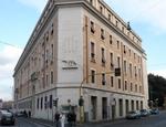 La sede del Credito Artigiano in via della Conciliazione a Roma