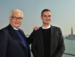 Paolo Baratta e Massimiliano Gioni. Foto La Biennale di Venezia