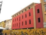 La casa color aragosta nel centro storico