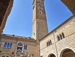 Il Palazzo della Ragione con la torre dei Lamberti. Copy Lorenzo Ceretta